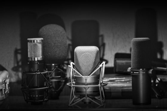 GearPageHeader2-559x372  voice over - voiceover