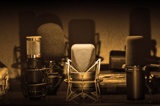 GearPageHeader21-559x372  voice over - voiceover